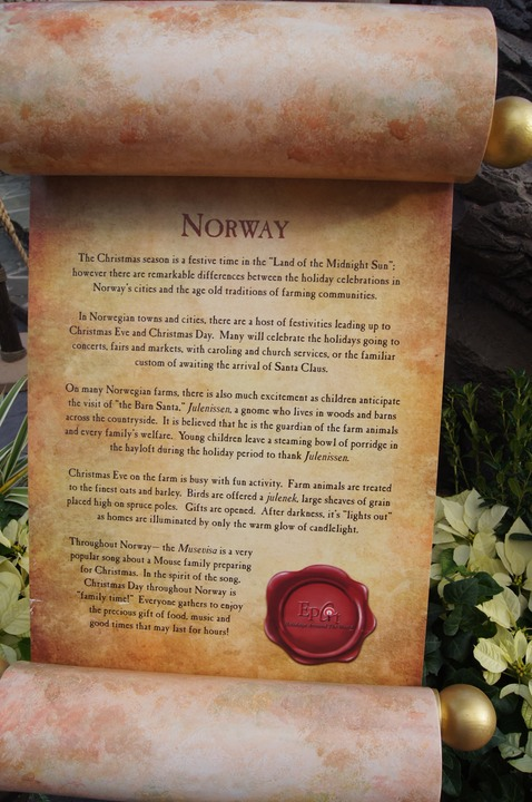 EPCOT NORWAY CHRISTMAS 2