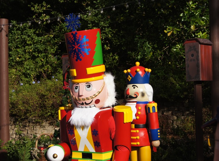 EPCOT GERMANY NUTCRACKER 3
