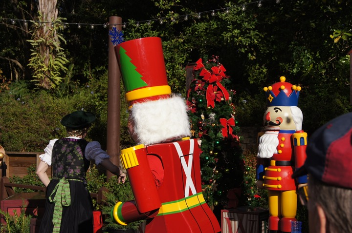EPCOT GERMANY NUTCRACKER 5